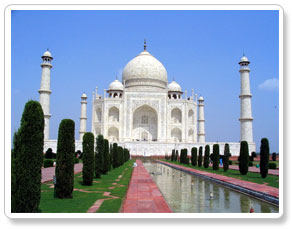 the taj mahal agra pictures during agra visit